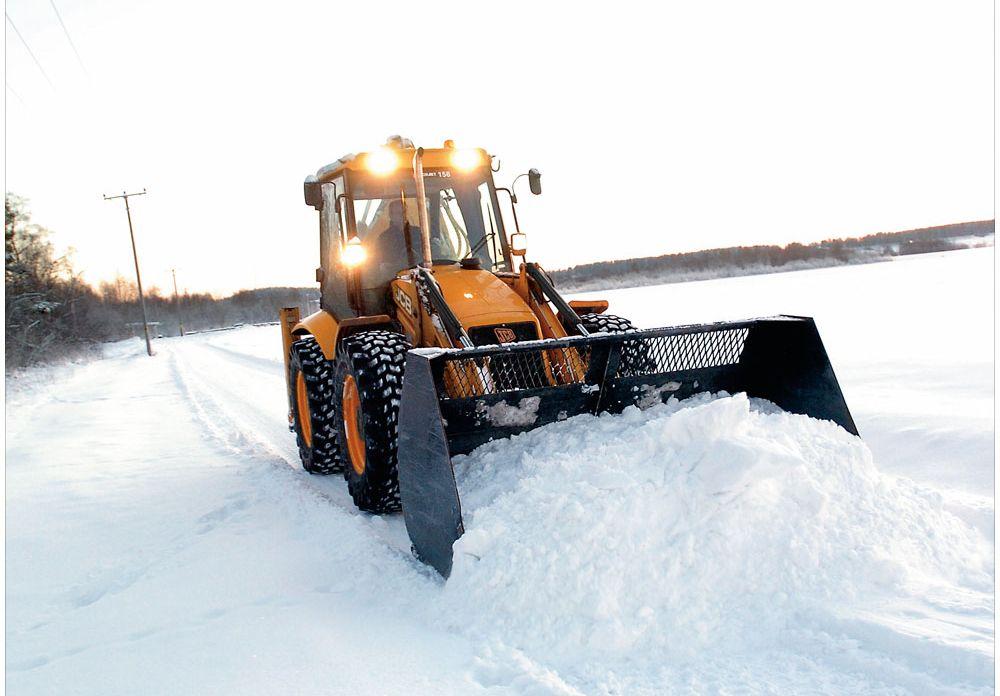 Уборка и вывоз снега быстро, недорого и качественно